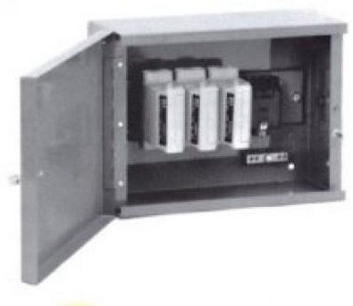 ryefield co100tpn three phase sealable one way cut out box with 100a series 7 fuse unit Electrical Transformer Fuses
